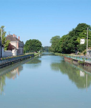 Le canal de la marne à Bisseuil
