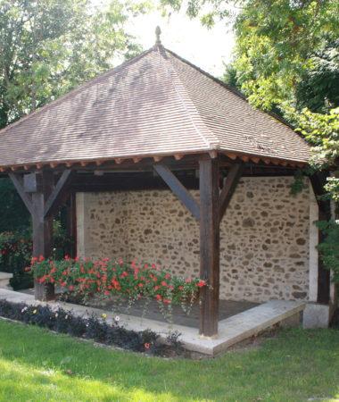 ancien_lavoir_du_village_de_louvois