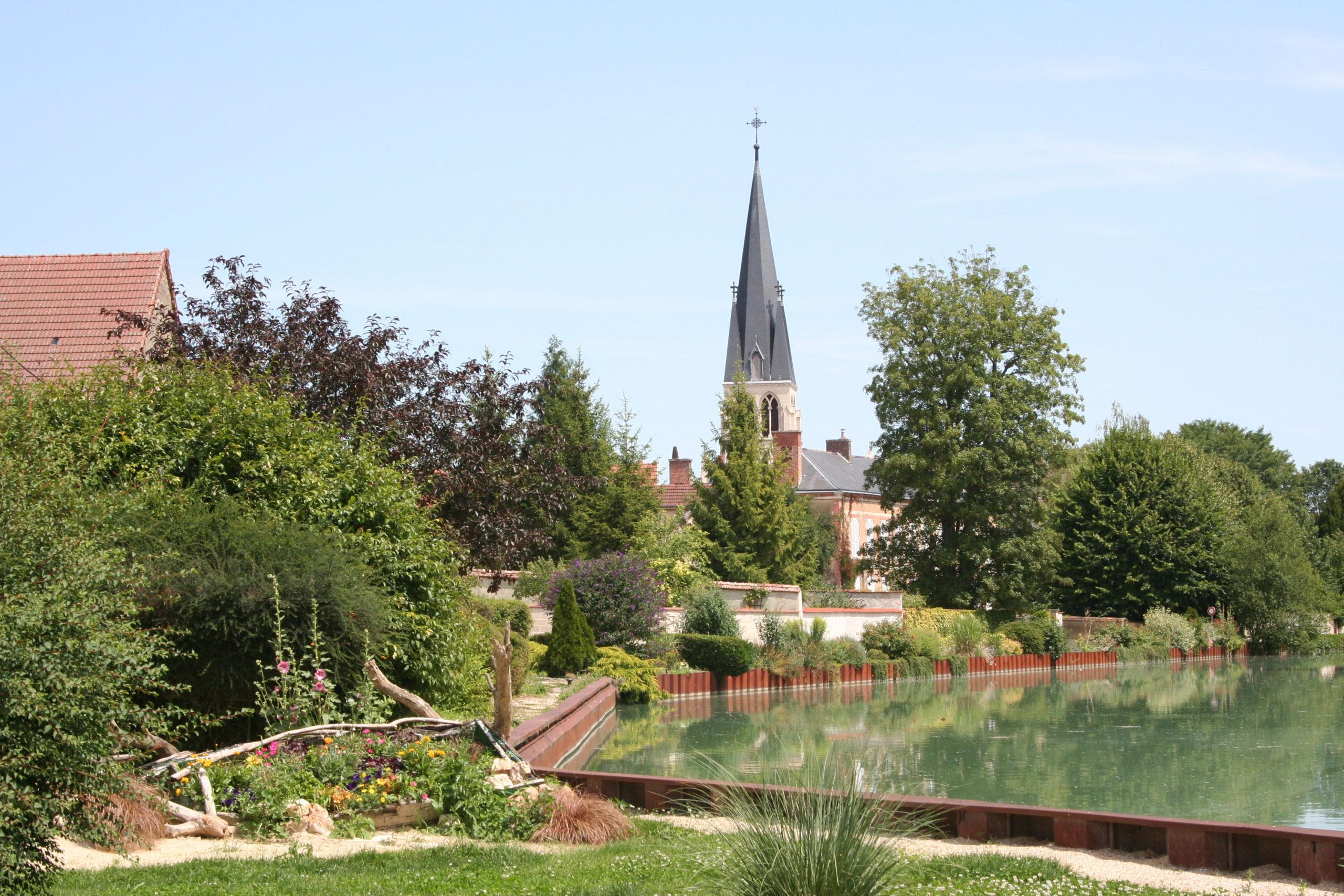 Eglise_saint_madeleine_de_tours-sur-marne