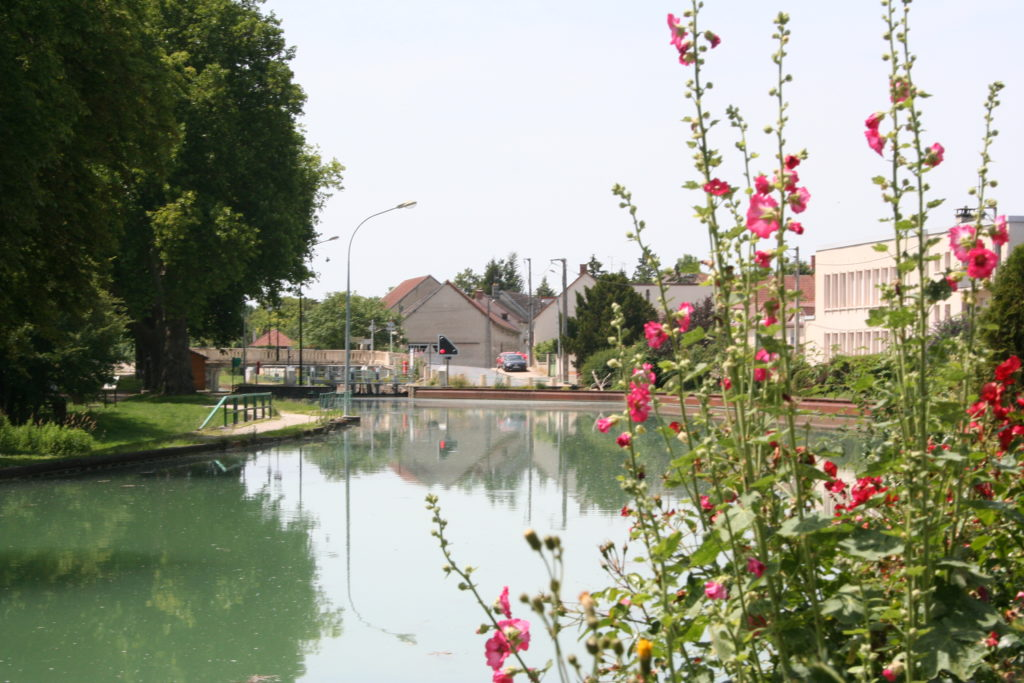 le _canal_de_la_marne_a_tours-sur-marne